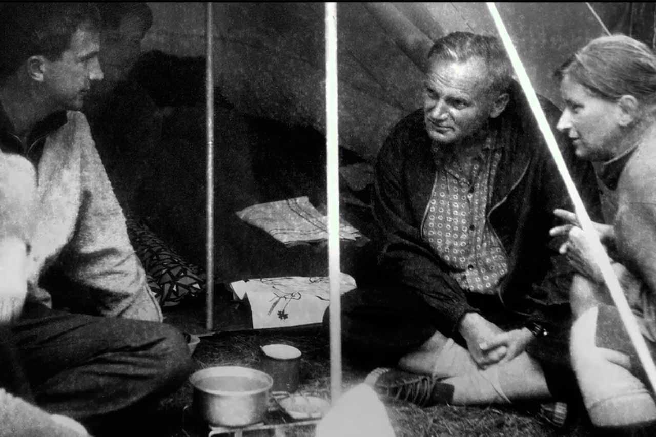 Crítica Wojtyla: la investigación