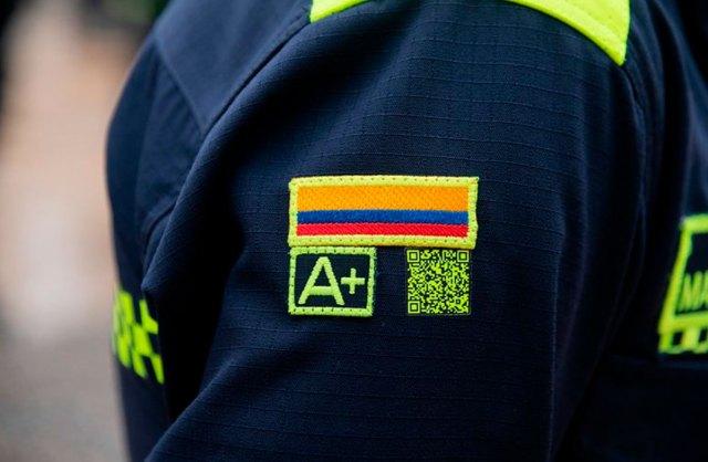nuevo uniforme policia de colombia 2