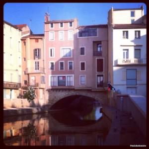 Narbonne: pont des marchands.