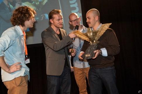 Vlnr: Adriaan de Jongh (Game Oven), Eric Bartelson (Control Magazine), Ard Bonewald (Tingly Games) en Bojan Endrovski (Game Oven)