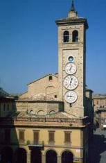 Tolentino (Marche) Torre degli orologi