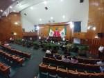 """Con ausencia del G-10, legisladores realizan sesión de """"comparecencia"""" sin el rector Vera"""