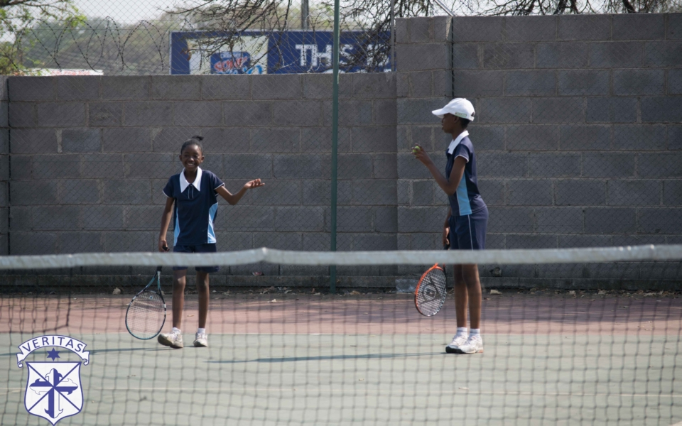 tennis-vs-vicfalls-1