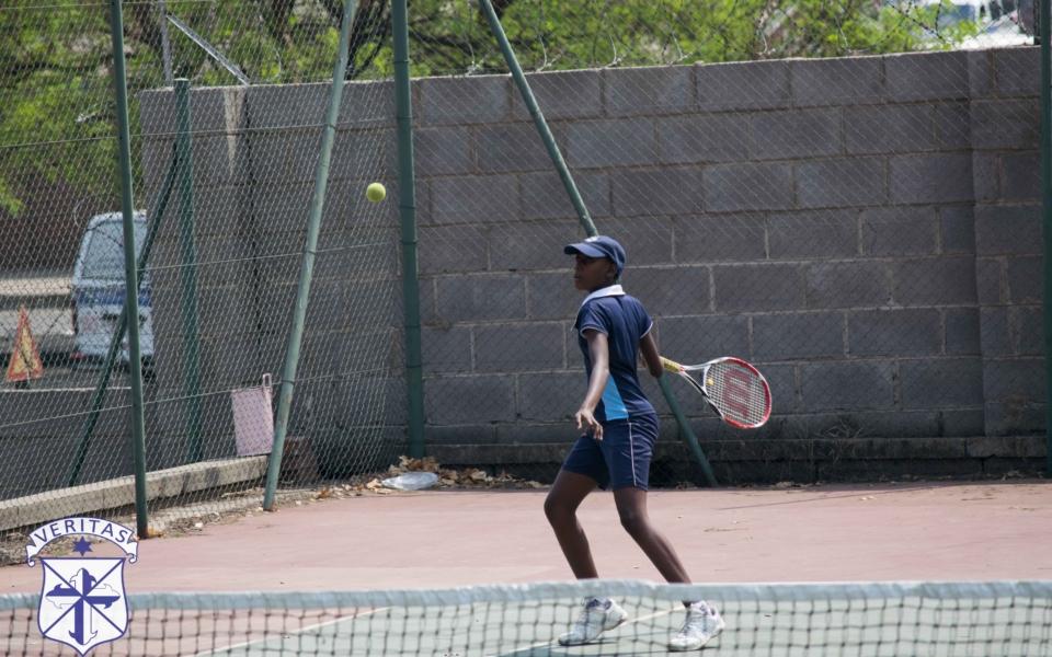 tennis-vs-vicfalls-19