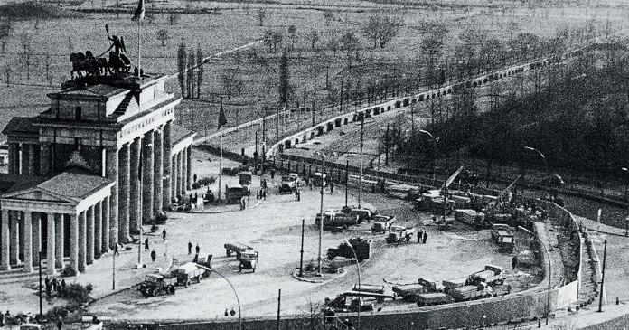 adios europa muro de berlín en construcción