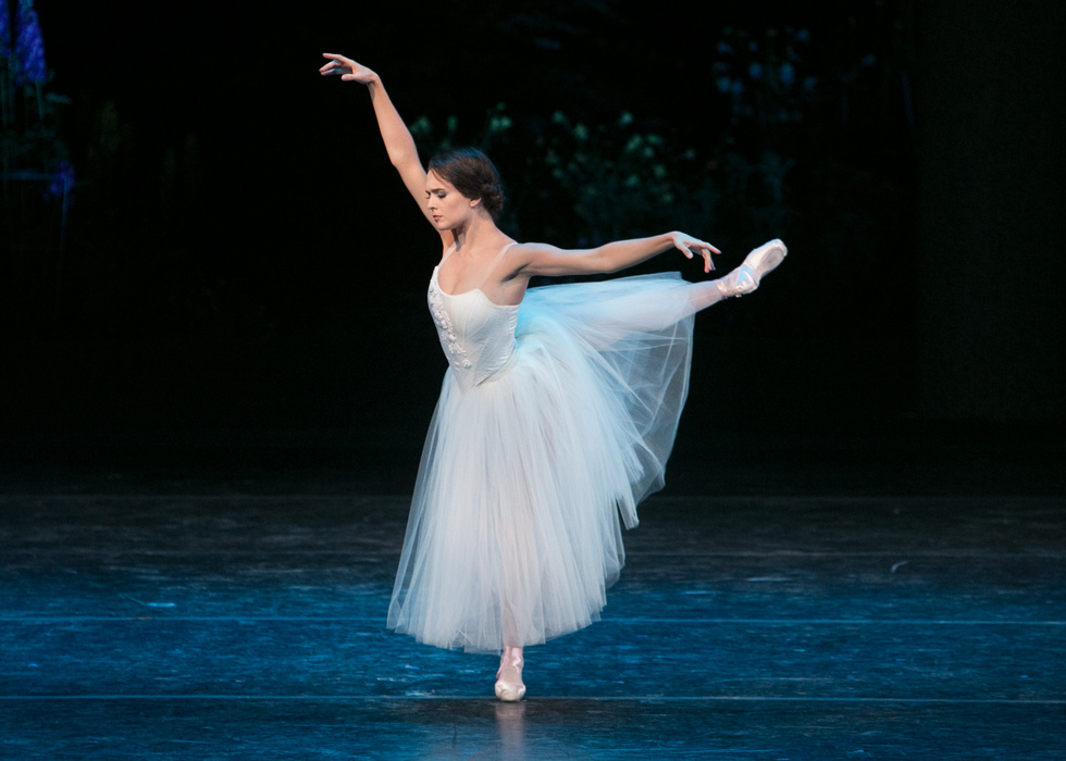 Lauren Lovette NYCB Principal, conversations on dance, vail dance festival, giselle, ballerina, women choreographers,