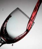 Pour wine
