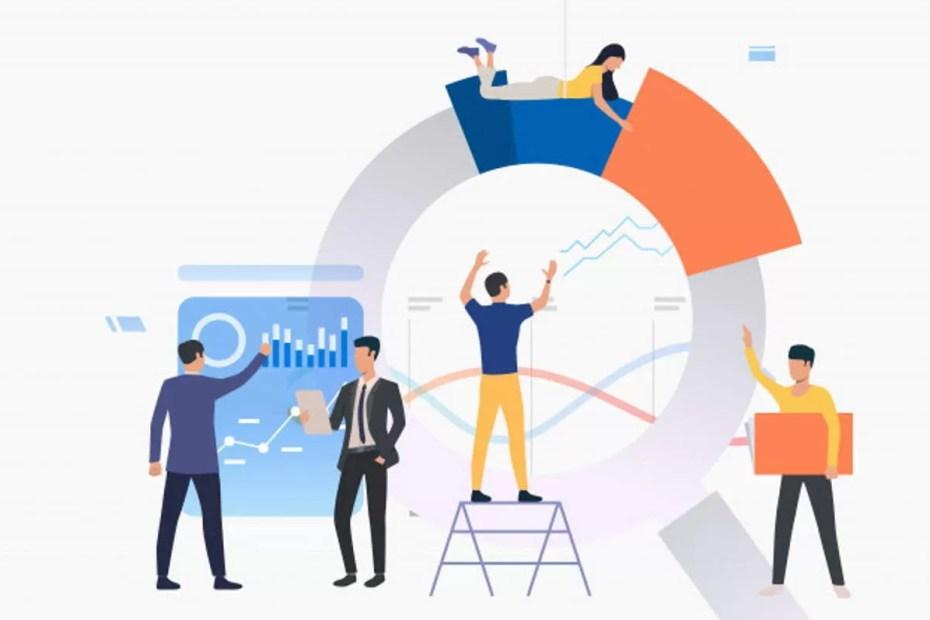 Qual a Diferença Entre Anúncio B2B e B2C grupo-de-analistas-trabalhando-em-graficos