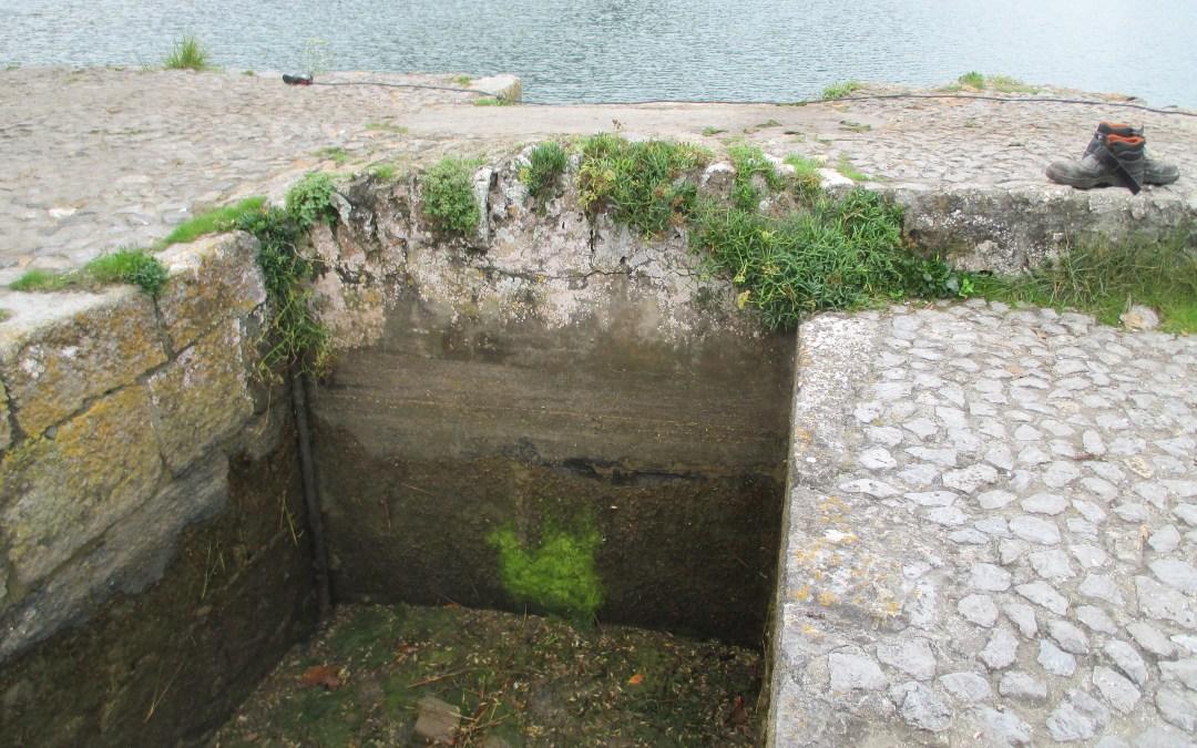 Realizadas las obras de naturalización del funcionamiento hidrodinámico de la laguna del molino de Santa Olaja (Joyel)