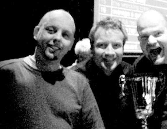 Mijn connecties en ik: de conXeurs Jono, Herr, Rokus (en Erik) wonnen in 2007 de Nationale Popquiz