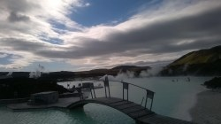 Chillen in de Blue Lagoon, IJsland. Puur geluk, RTL4, Endemol, Staatsloterij, IJsland, Dimitri, Inge van Dillen