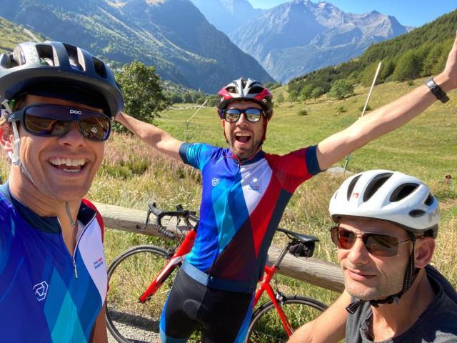 De Alpe D'Huez beklimmen