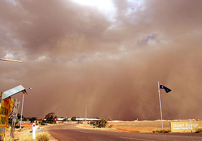 Round two of dust from the Woomera-Roxby Downs area hits Coober Pedy on it's way to the east coast of Australia