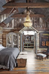 Amazing Rustic Farmhouse Master Bedroom Ideas 05