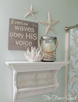 Gorgeous Wall Decor Collections For Your Apartment 43