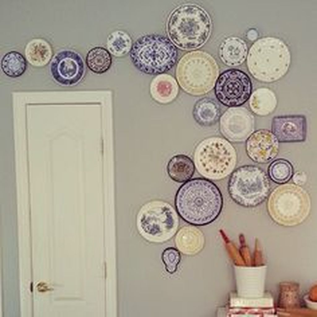 Gorgeous Wall Decor Collections For Your Apartment 44