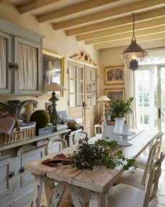 Incredible Fancy French Country Dining Room Design Ideas 07
