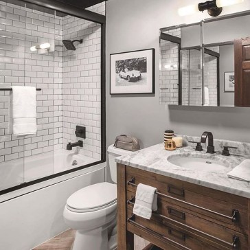 Modern Farmhouse Bathroom Remodel Ideas 53