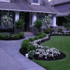 Stunning Front Yard Path Walkway Design Ideas 36