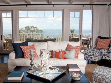 Comfy Coastal Themed Living Room Decorating Ideas 13