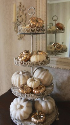Fascinating Fall Home Tour Decor To Inspire 33