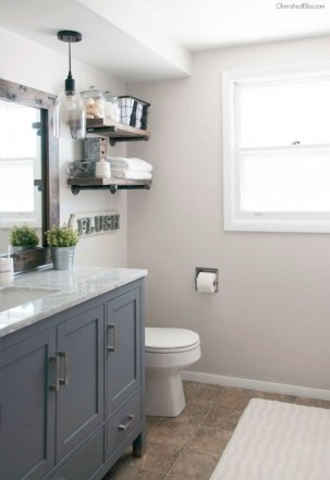 Gorgeous Rustic Farmhouse Bathroom Decor Ideas 35