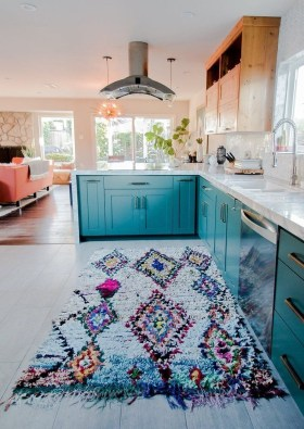 Incredible Colorful Kitchen Ideas 26