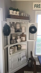 Charming Antique Farmhouse Decoration Ideas 28