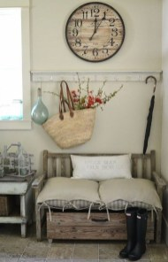 Charming Antique Farmhouse Decoration Ideas 30