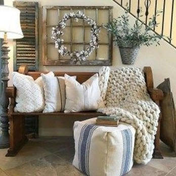 Charming Antique Farmhouse Decoration Ideas 56