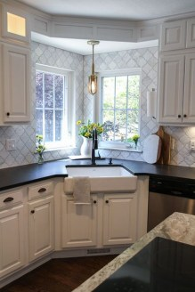 Cute Farmhouse Kitchen Backsplash Ideas 14