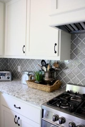 Cute Farmhouse Kitchen Backsplash Ideas 24