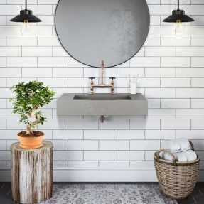Lovely Farmhouse Bathroom Accessories Ideas 11