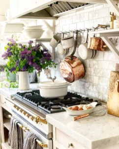 Magnificient Rustic Country Kitchen Ideas To Renew Your Ordinary Kitchen 19