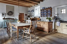 Magnificient Rustic Country Kitchen Ideas To Renew Your Ordinary Kitchen 47