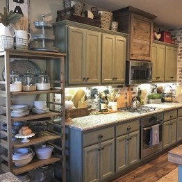 Stunning Farmhouse Kitchen Color Ideas 14
