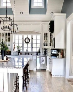 Stunning Farmhouse Kitchen Color Ideas 49