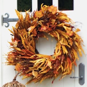 Stylish Fall Wreaths Ideas With Corn And Corn Husk For Door 08