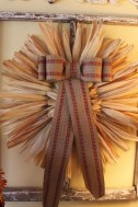 Stylish Fall Wreaths Ideas With Corn And Corn Husk For Door 13