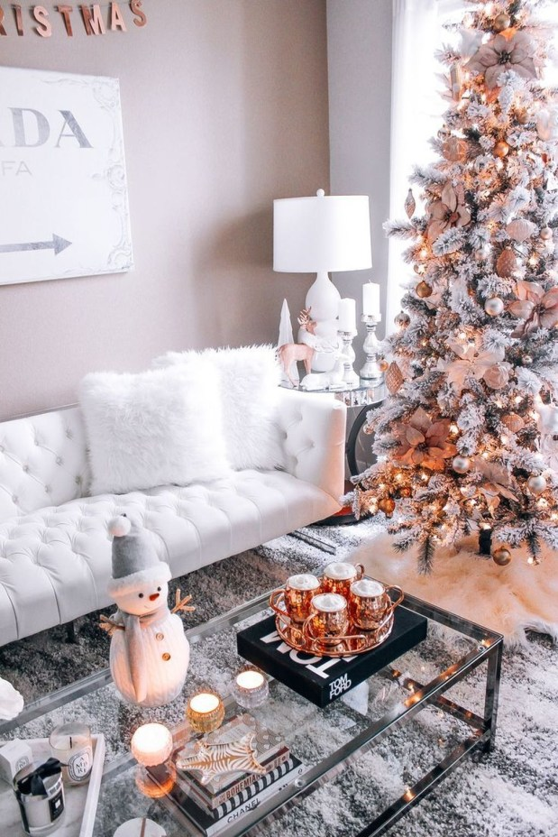 Amazing Gold Christmas Decoration Ideas 55