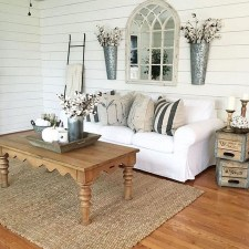 Awesome French Farmhouse Living Room Design Ideas 11