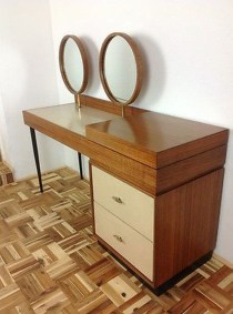 Cozy Mid Century Dressing Tables Vanities Ideas 37