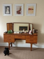 Cozy Mid Century Dressing Tables Vanities Ideas 43
