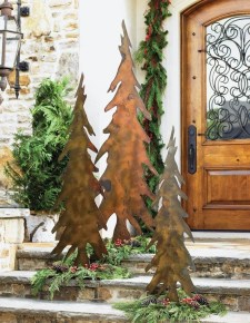 Cozy Rustic Outdoor Christmas Decor Ideas 20