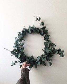 Fascinating Christmas Decor Ideas For Small Spaces 09