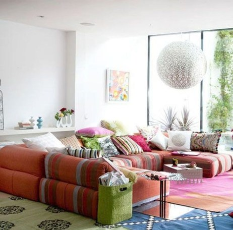 Incredible White Walls Living Room Design Ideas 07
