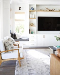Incredible White Walls Living Room Design Ideas 42