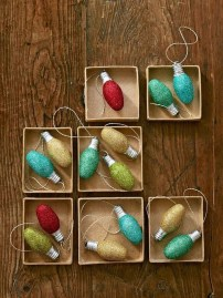 Lovely Homemade Christmas Decorations Ideas 22
