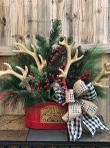 Magnificient Rustic Christmas Decorations And Wreaths Ideas 02