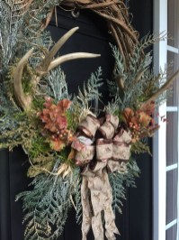 Magnificient Rustic Christmas Decorations And Wreaths Ideas 13